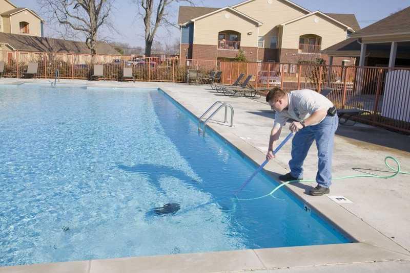 Swimming Pool Maintenance Provider
